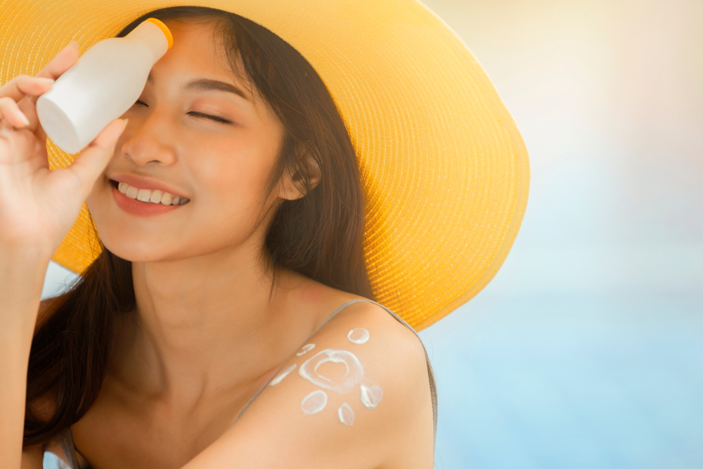sunscreen asian girl