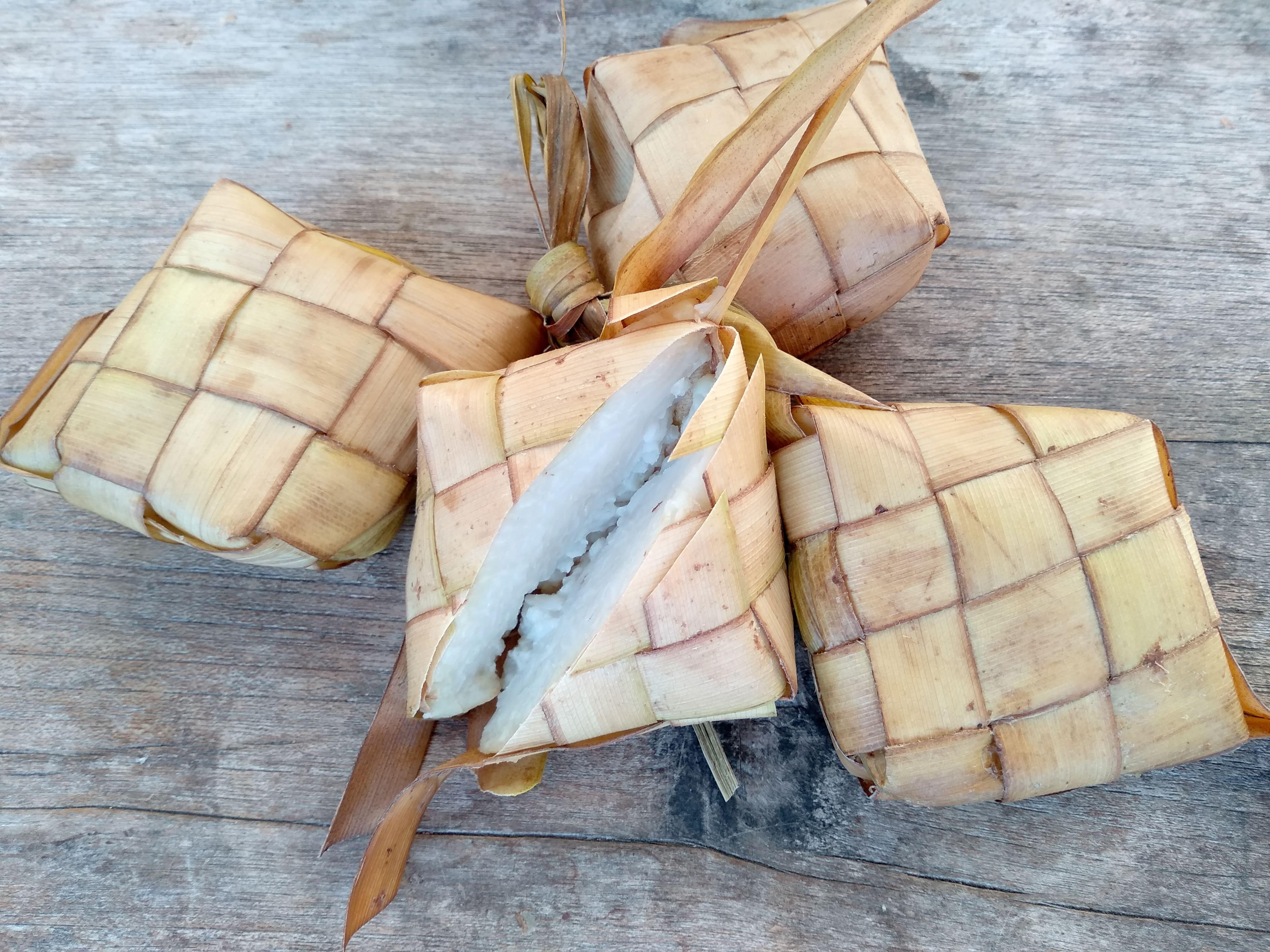 ketupat lebaran hari raya matang