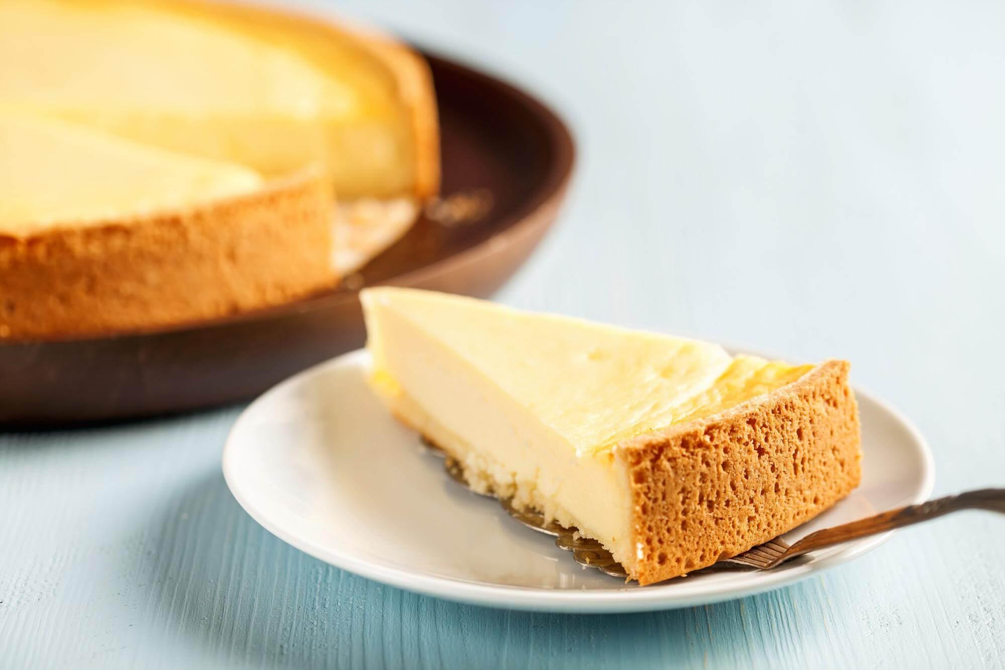no bake cheesecake on a saucer.