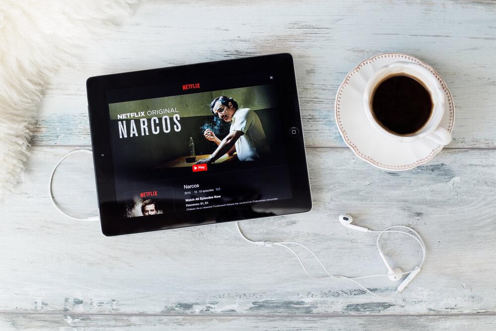 Binge watch Narcos