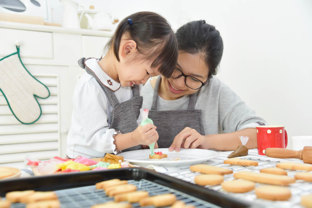 belajar memasak bersama anak