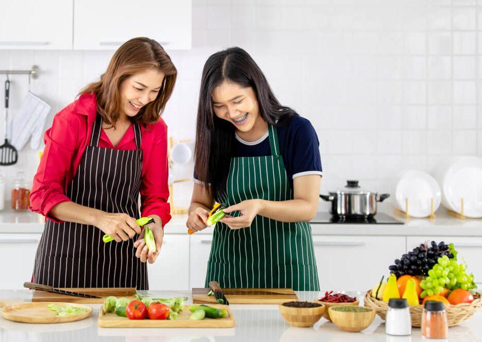 HappyFresh_stay_mentally_healthy_cook