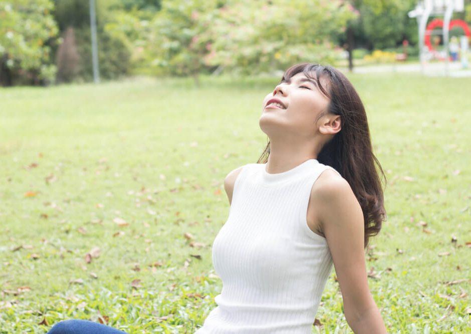 HappyFresh_stay_mentally_healthy_nature