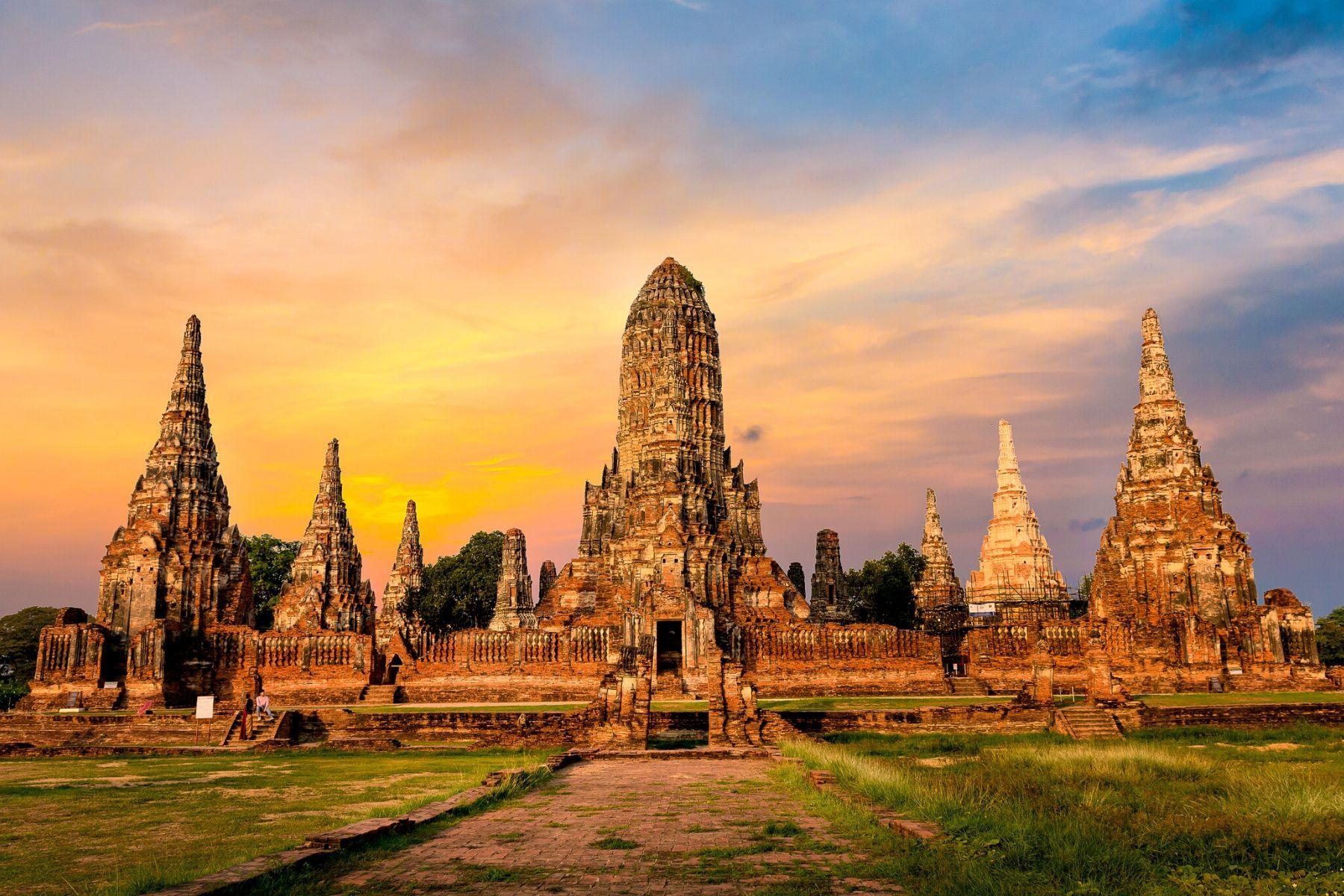 HappyFresh_One_Day_Trip_Near_Bangkok_Ayutthaya