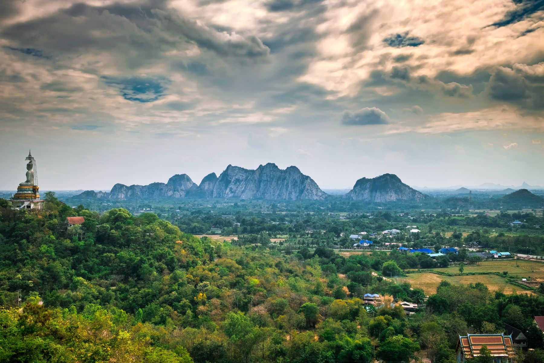 HappyFresh_One_Day_Trip_Near_Bangkok_Suan_Pheung