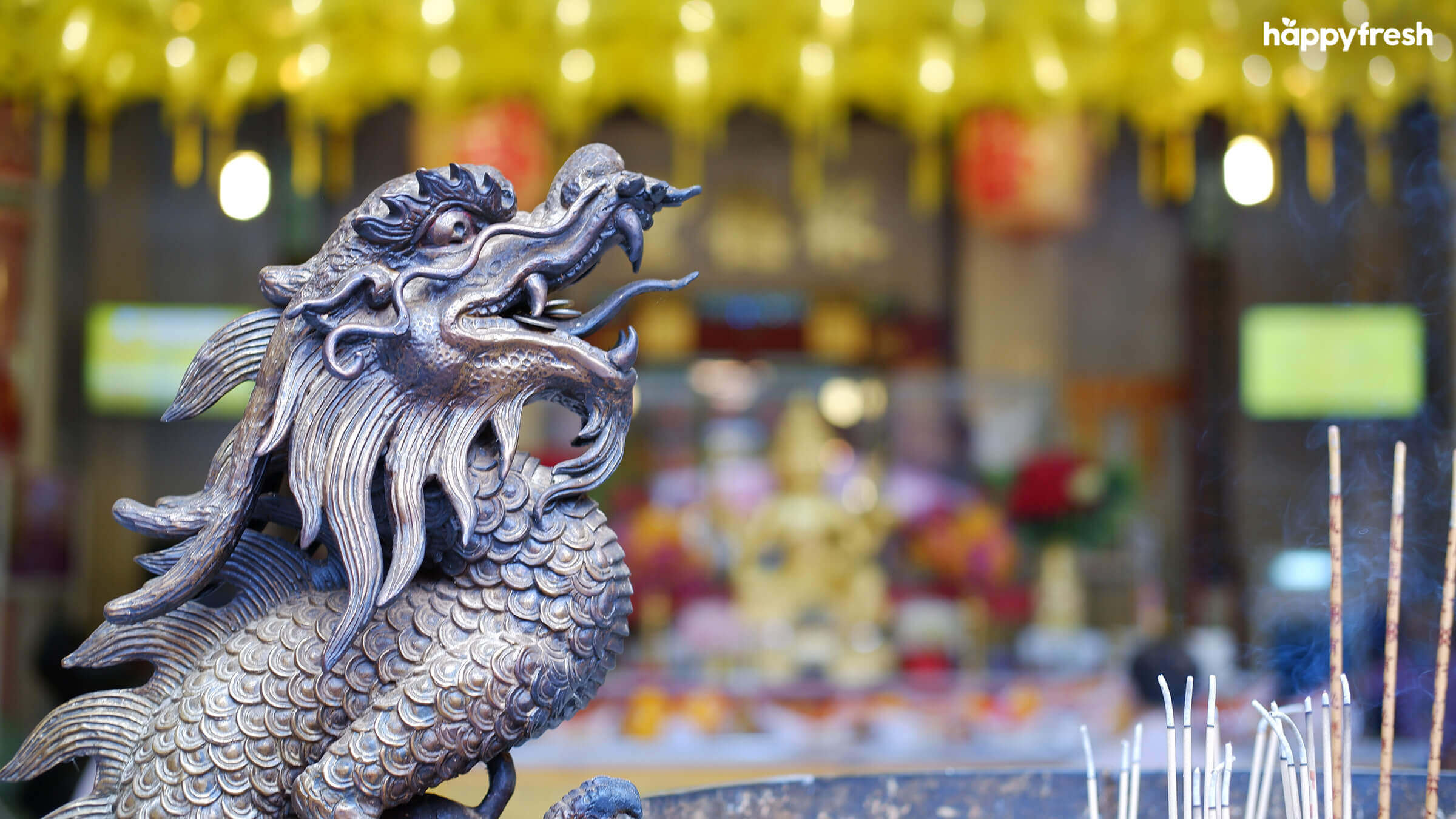 HappyFresh_Visit_6_Chinese_Shrines_In_Chinatown_Tai_Hong_Kong_Shrine_4