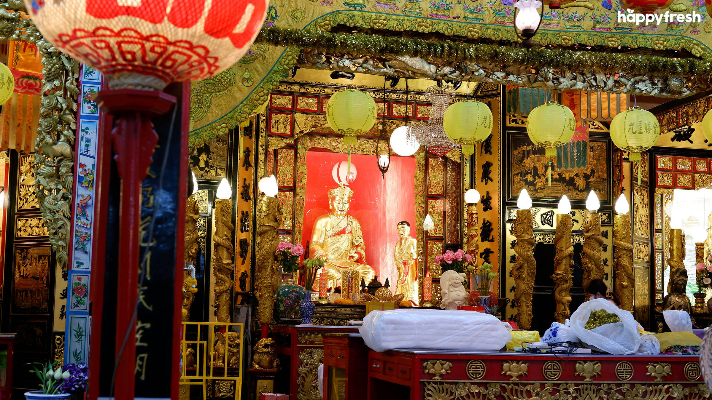 HappyFresh_Visit_6_Chinese_Shrines_In_Chinatown_Tai_Hong_Kong_Shrine