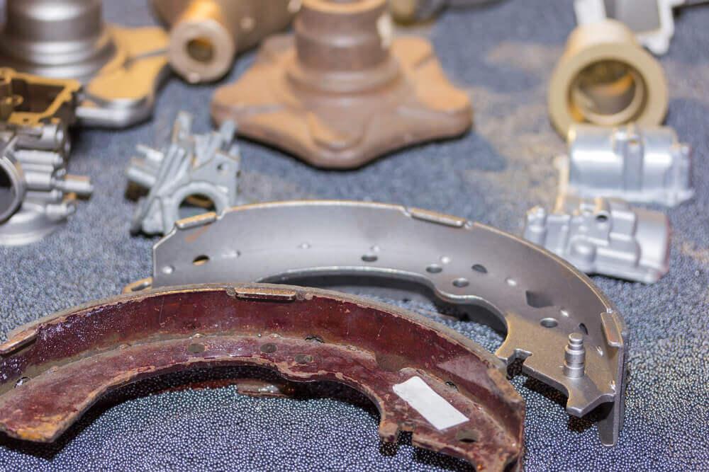 Removing rust with aluminium foil