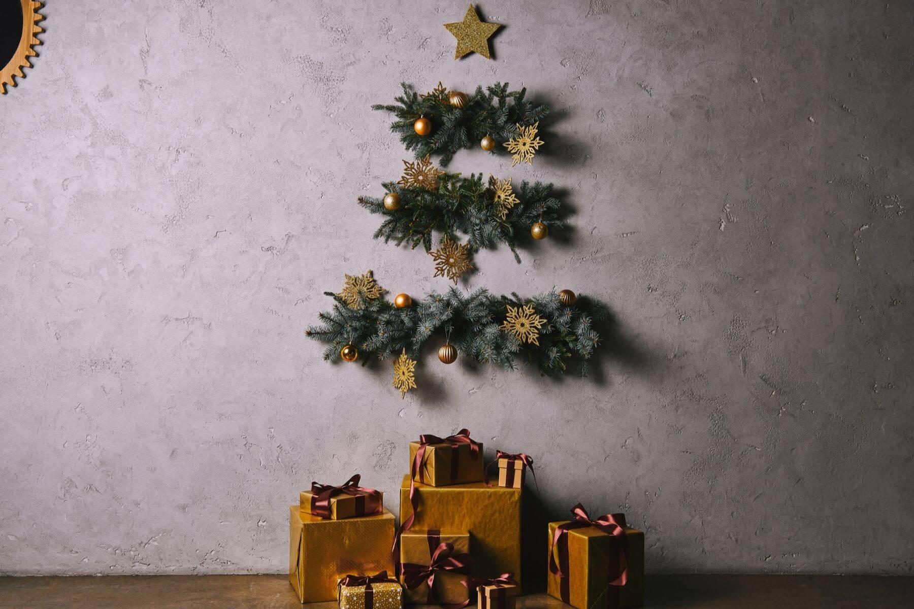 ตกแต่งบ้านวันคริสต์มาส 2020 ต้นคริสต์มาสติดผนัง