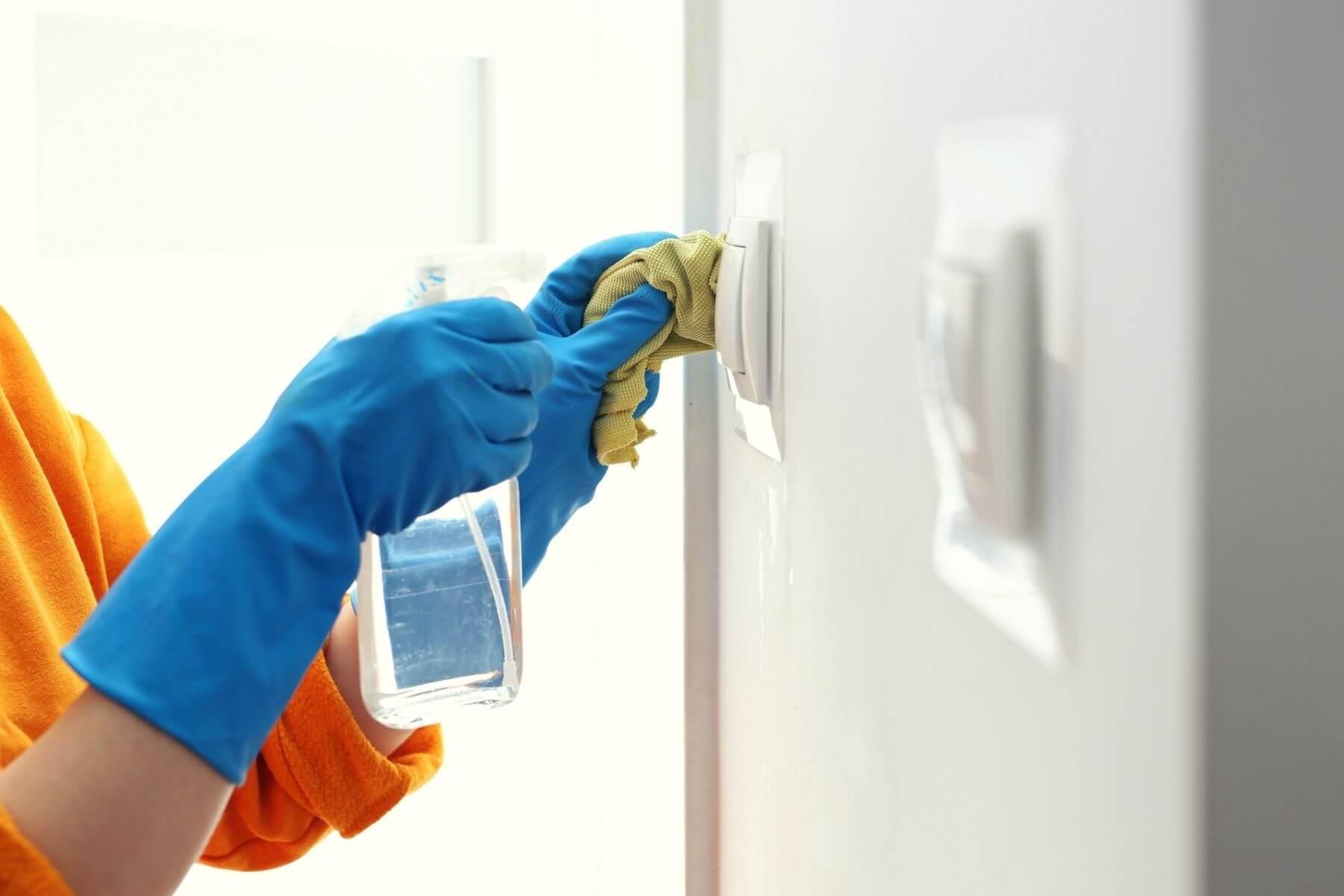 ทำความสะอาดบ้าน ป้องกัน COVID-19 สวิตช์ไฟ