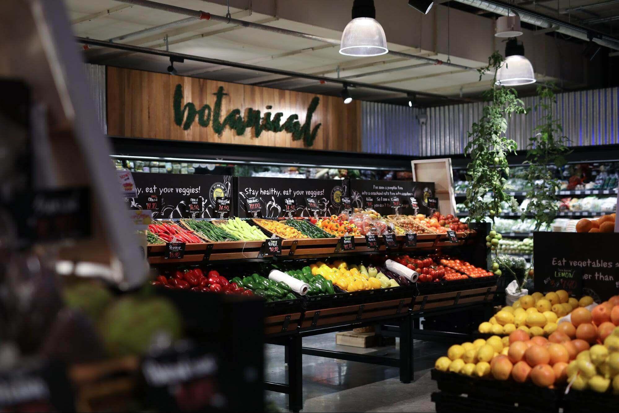 Ben's Independent Grocer fruit section