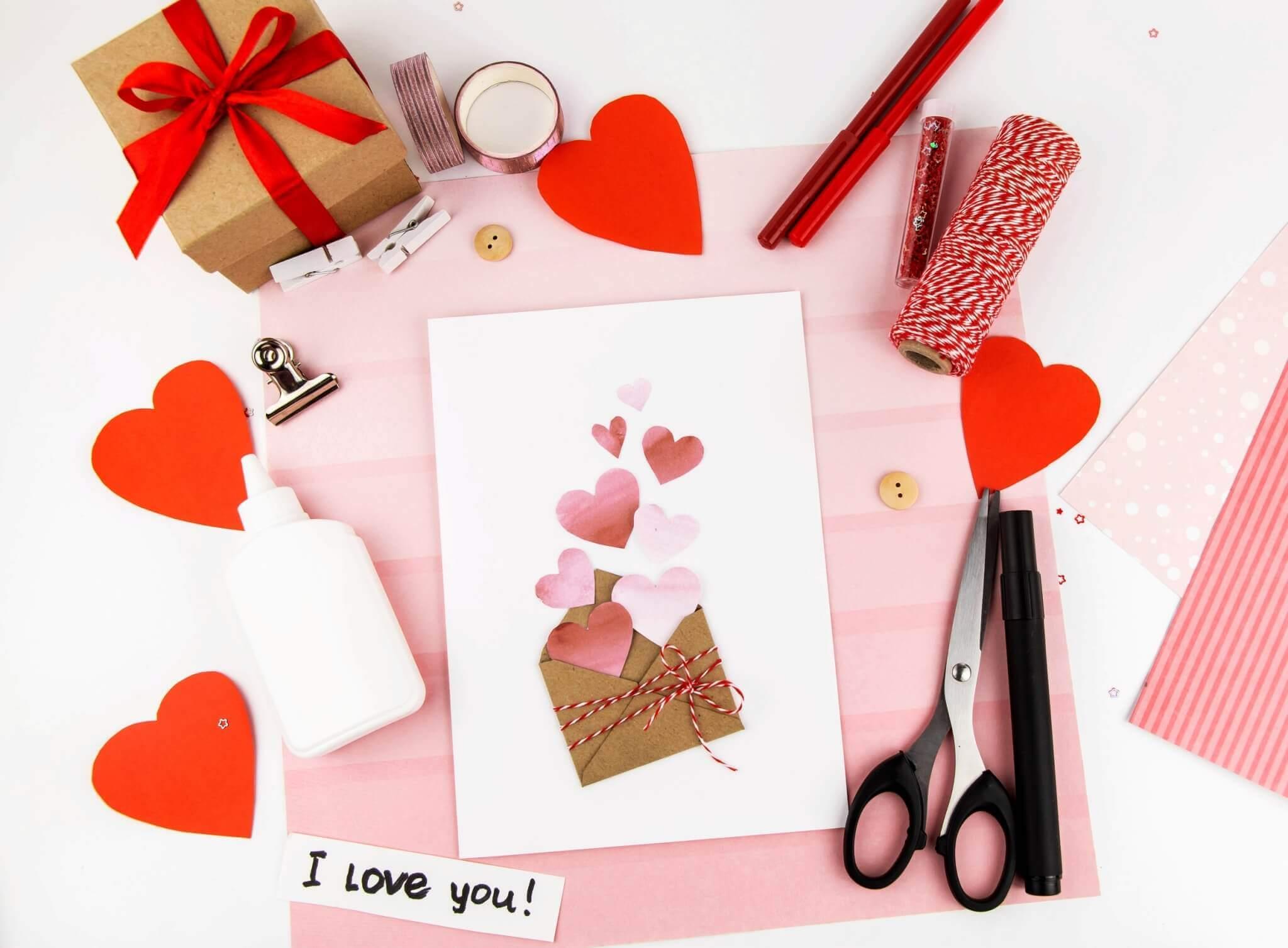 ไอเดียของขวัญวันวาเลนไทน์ 2021 วันแห่งความรัก Valentine's Card