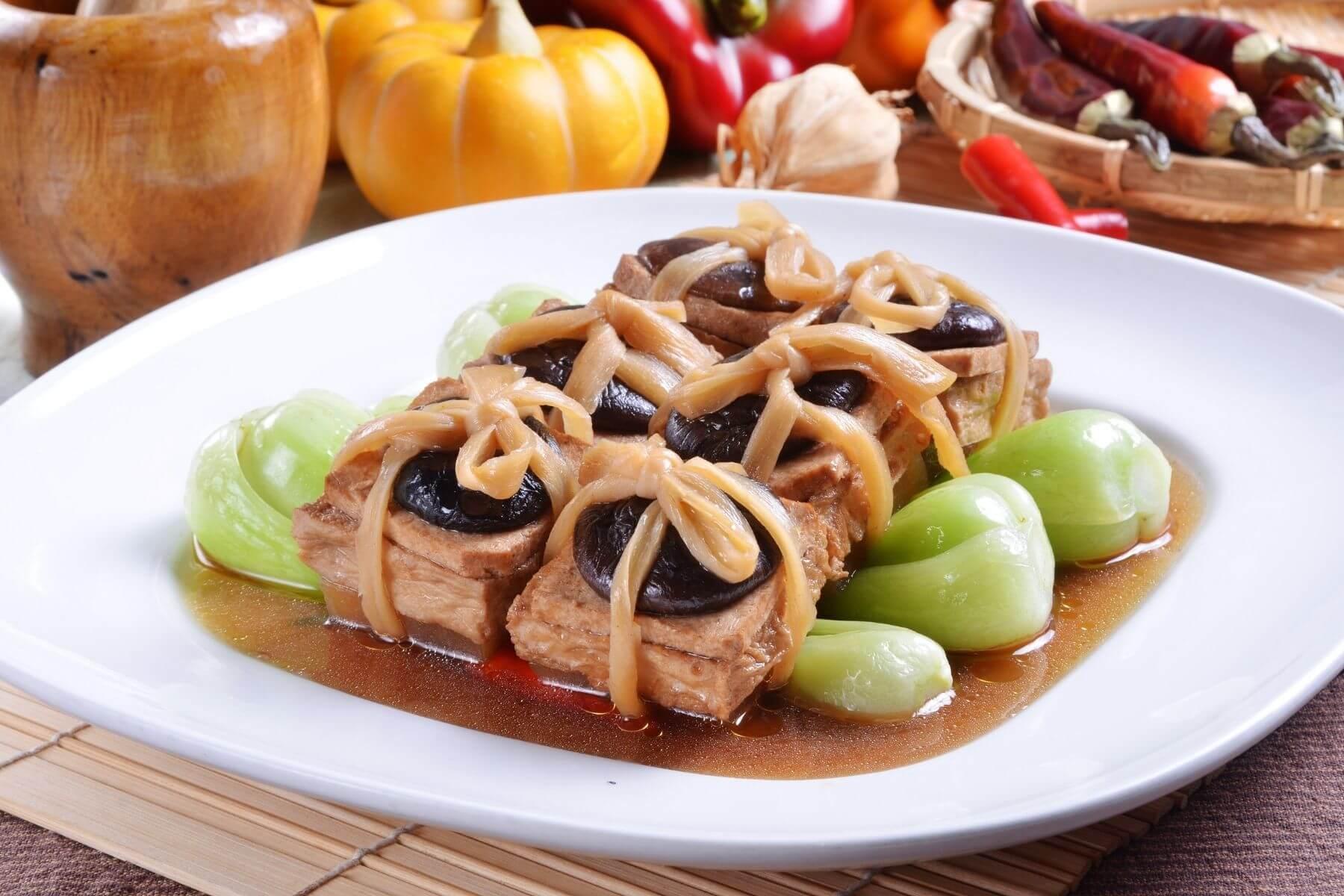 ข้อควรปฏิบัติในวันตรุษจีน และ ข้อห้ามในวันตรุษจีน 2564 กินเจมื้อเช้า