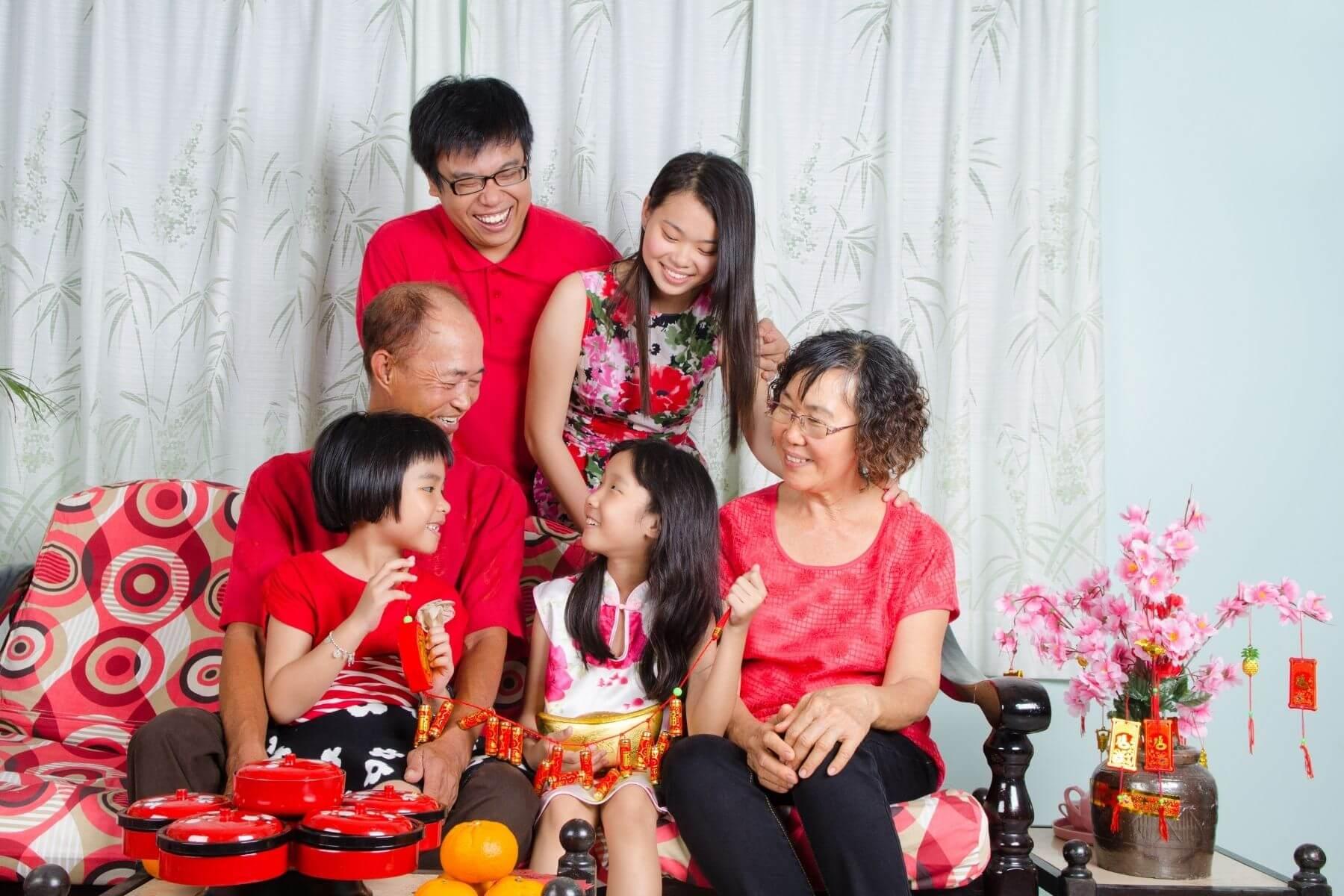 ข้อควรปฏิบัติในวันตรุษจีน และ ข้อห้ามในวันตรุษจีน 2564 ใส่เสื้อผ้าสีสด