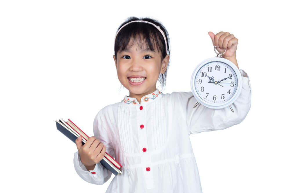 Help your kids prepare a schedule for online learning